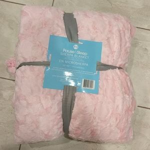 Other - NWT light pink plush to micro Sherpa Queen blanket